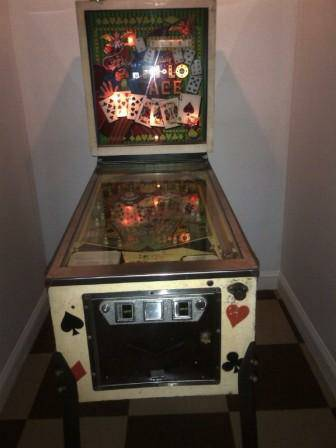 HI-Lo ace pinball machine for sale.