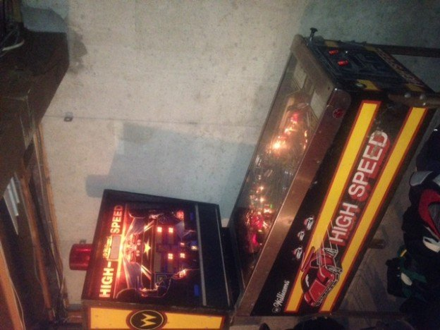 High Speed pinball machine for sale.