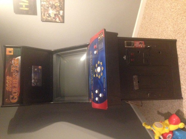 2003 Golden Tee video arcade game for sale in Des Moines